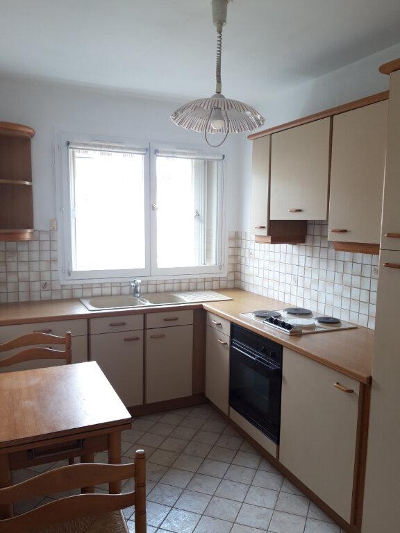 Appartement à louer 2 57.06m2 à Palaiseau vignette-4