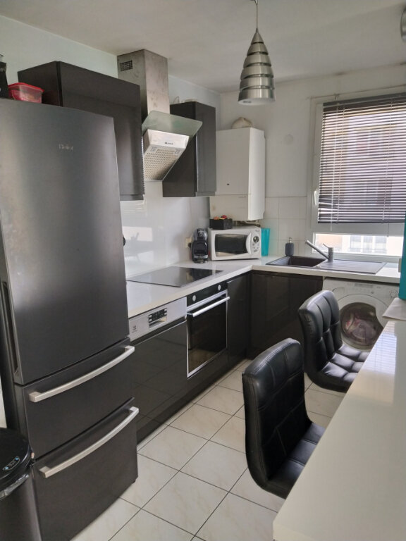 Appartement à louer 3 60.16m2 à Chilly-Mazarin vignette-3