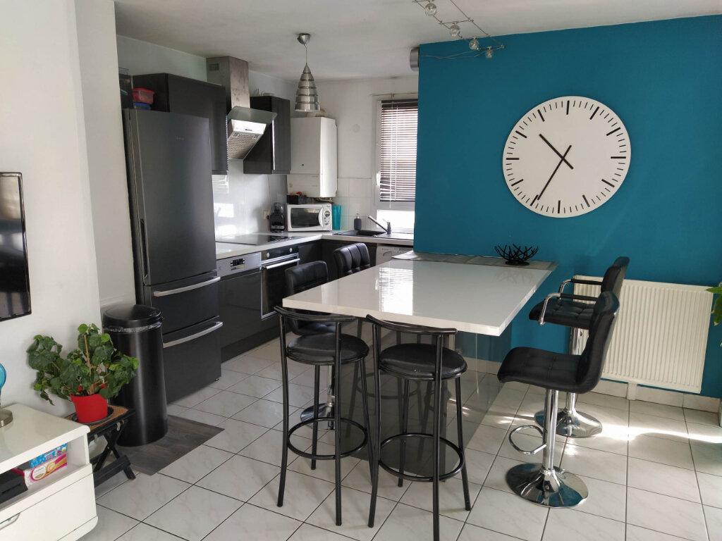Appartement à louer 3 60.16m2 à Chilly-Mazarin vignette-5