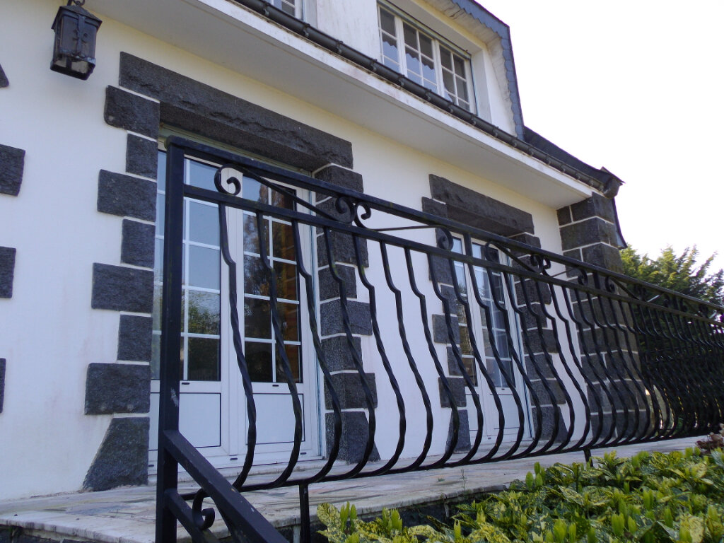 Maison à vendre 8 151.76m2 à Arzano vignette-4