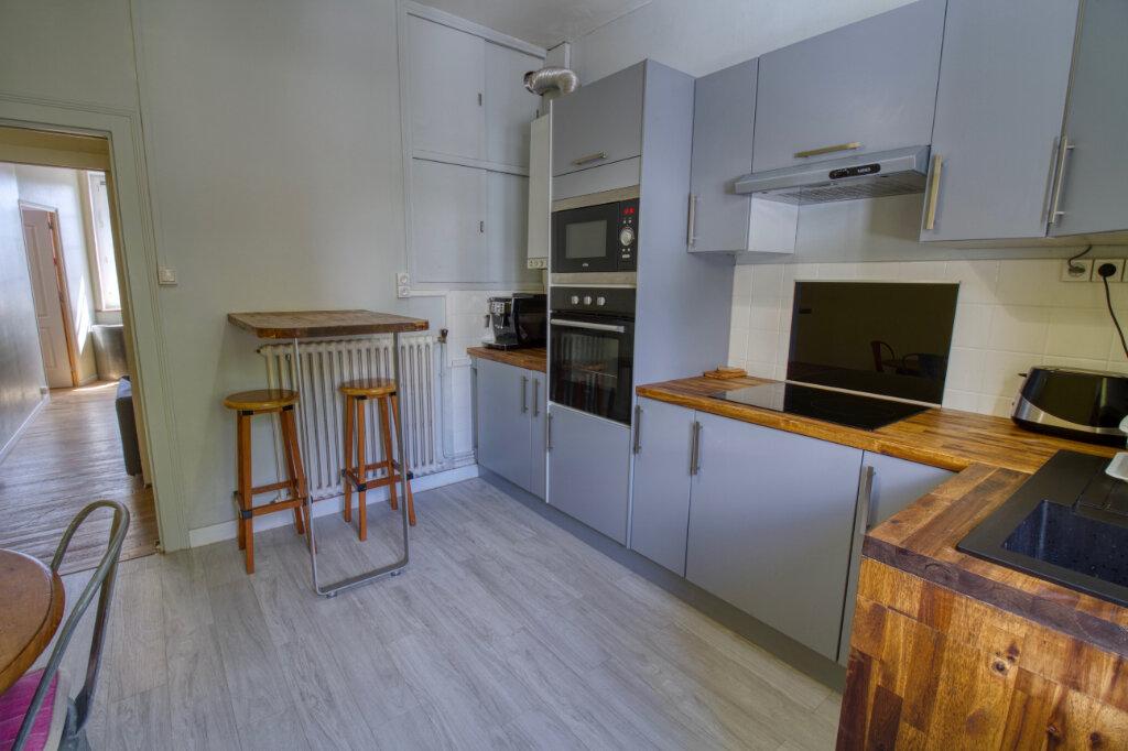 Appartement à vendre 3 63m2 à Quimperlé vignette-2