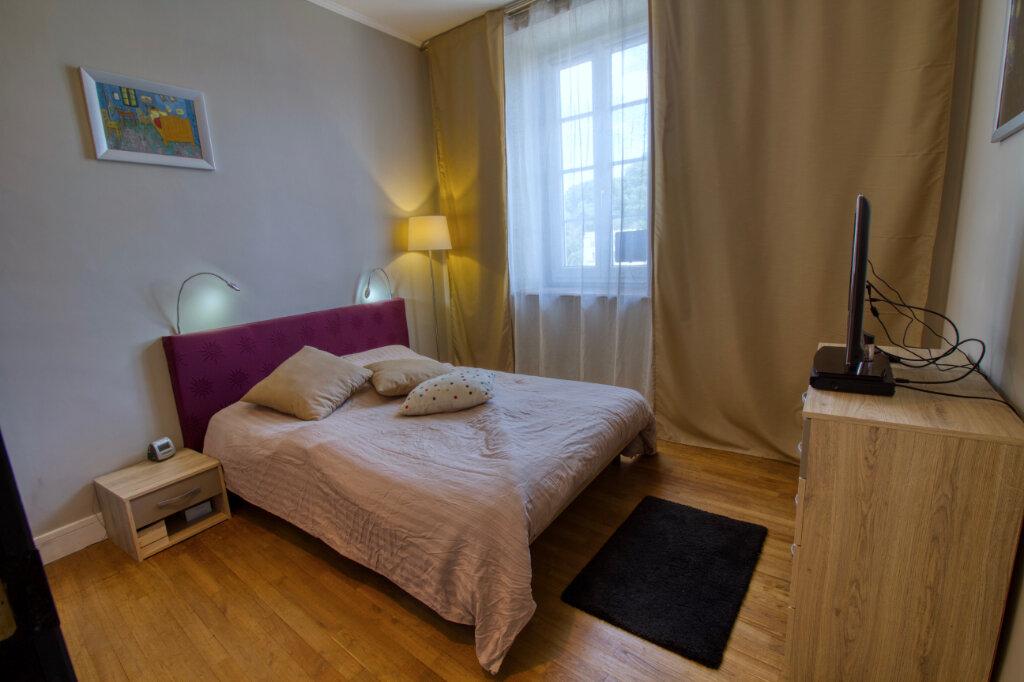 Appartement à vendre 3 63m2 à Quimperlé vignette-3