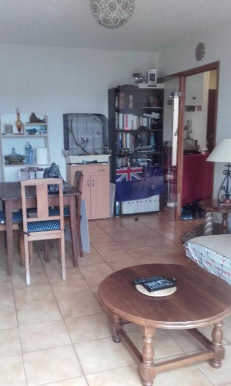 Appartement à louer 2 52m2 à Saint-Dié-des-Vosges vignette-2