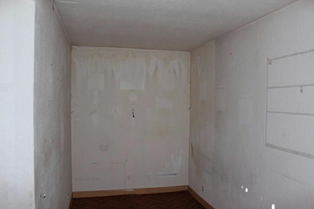 Maison à vendre 6 100m2 à Saulxures-sur-Moselotte vignette-6