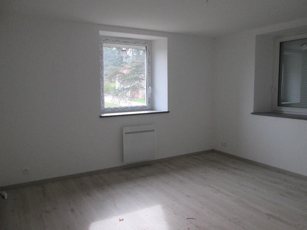 Maison à louer 5 155m2 à Anould vignette-6