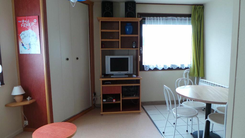 Appartement à louer 1 20m2 à Gérardmer vignette-2