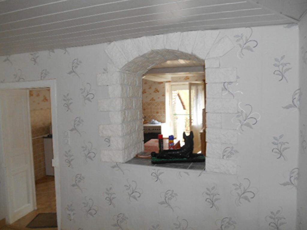 Maison à vendre 5 110m2 à Val-et-Châtillon vignette-3