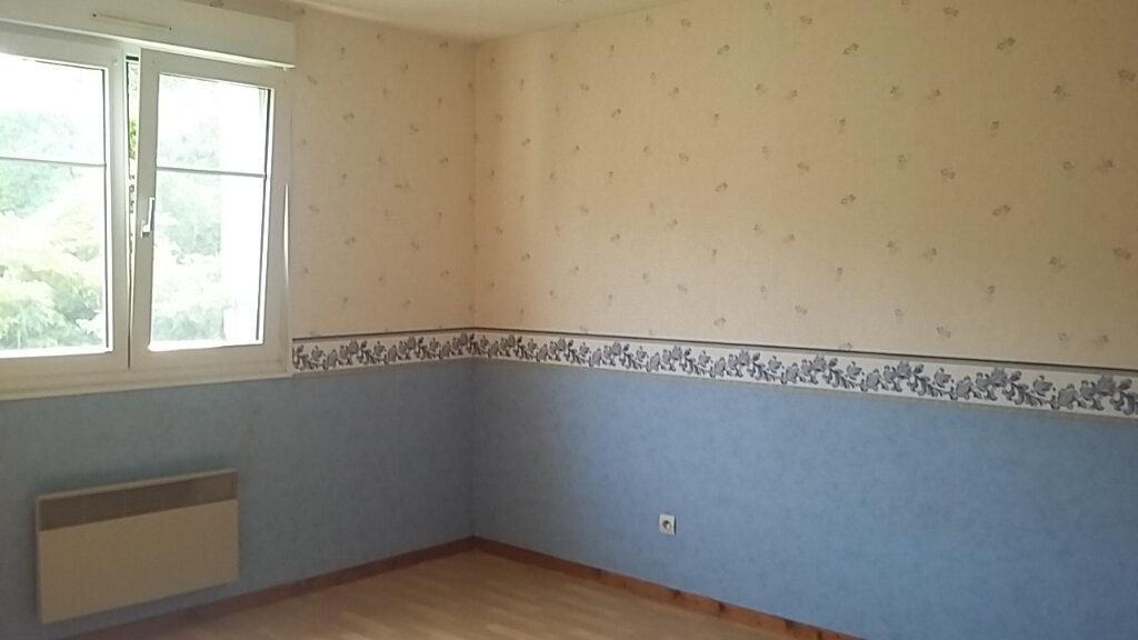 Appartement à louer 3 83m2 à Anould vignette-5
