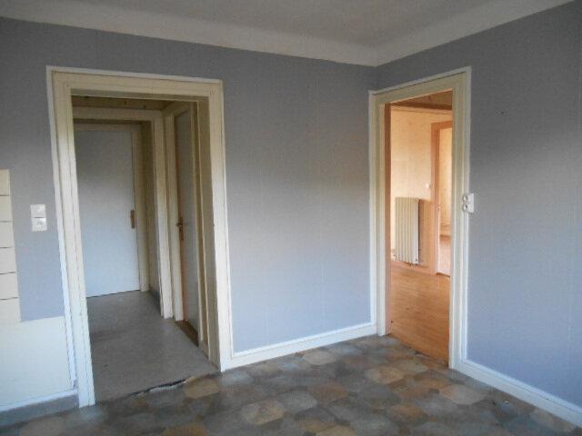 Appartement à vendre 3 68m2 à Saulcy-sur-Meurthe vignette-2