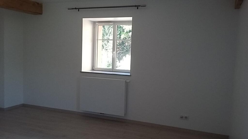 Maison à louer 5 147m2 à Vienville vignette-9