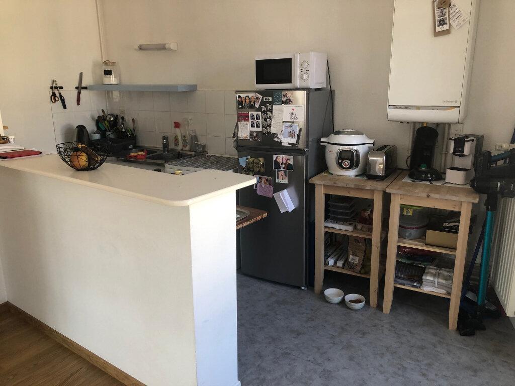 Appartement à louer 3 72m2 à Bussang vignette-2