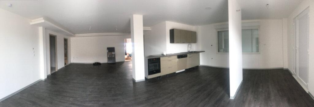 Appartement à louer 3 120m2 à Anould vignette-1