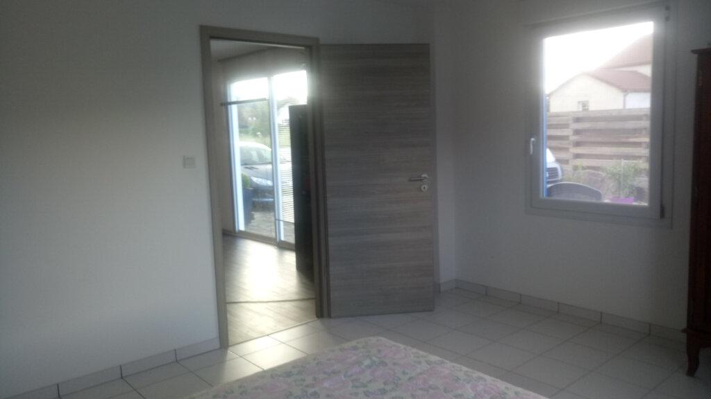 Appartement à louer 3 120m2 à Anould vignette-5