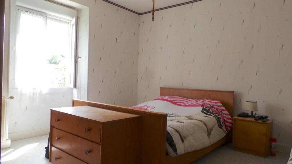 Maison à vendre 9 300m2 à Anould vignette-8