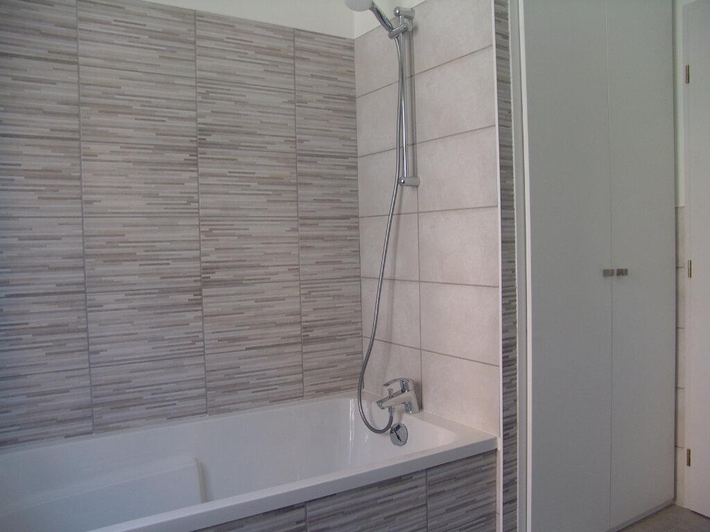 Appartement à louer 3 74.22m2 à Le Tholy vignette-3