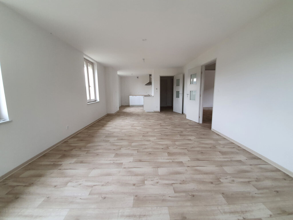 Appartement à louer 3 80.31m2 à Le Tholy vignette-3