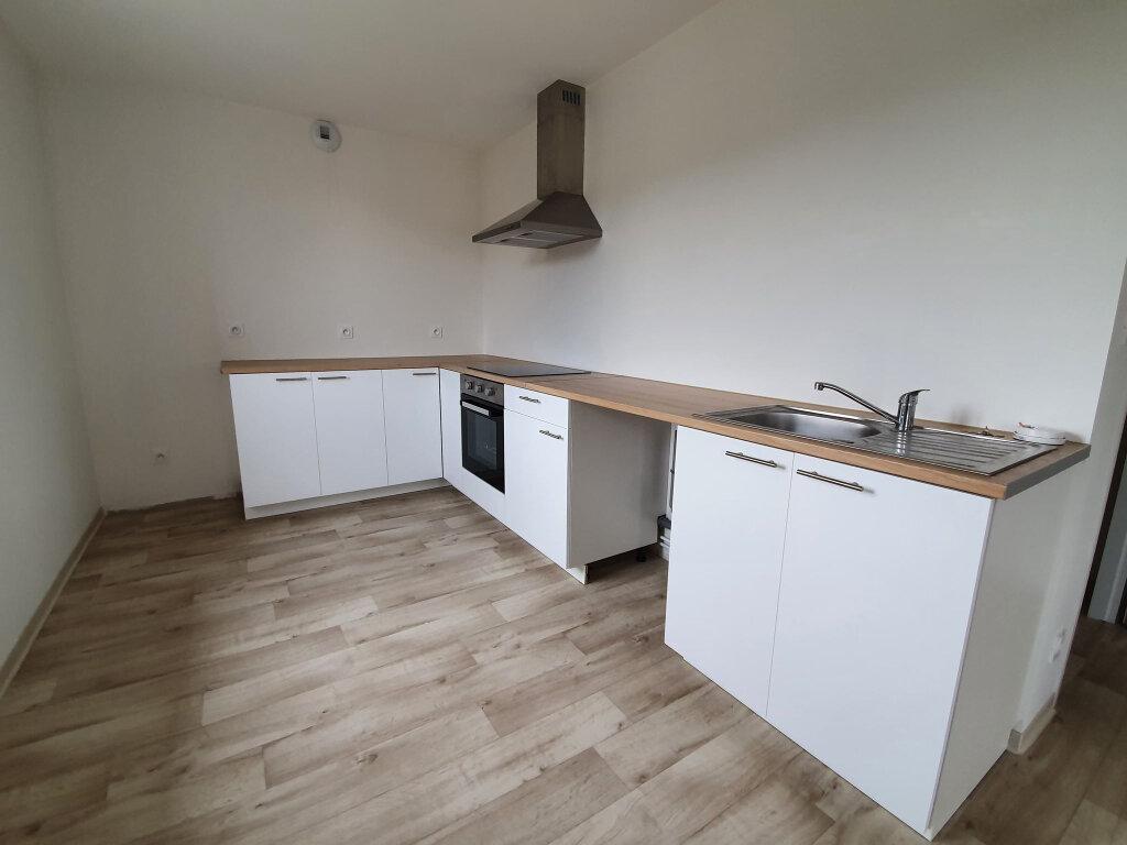 Appartement à louer 3 80.31m2 à Le Tholy vignette-4