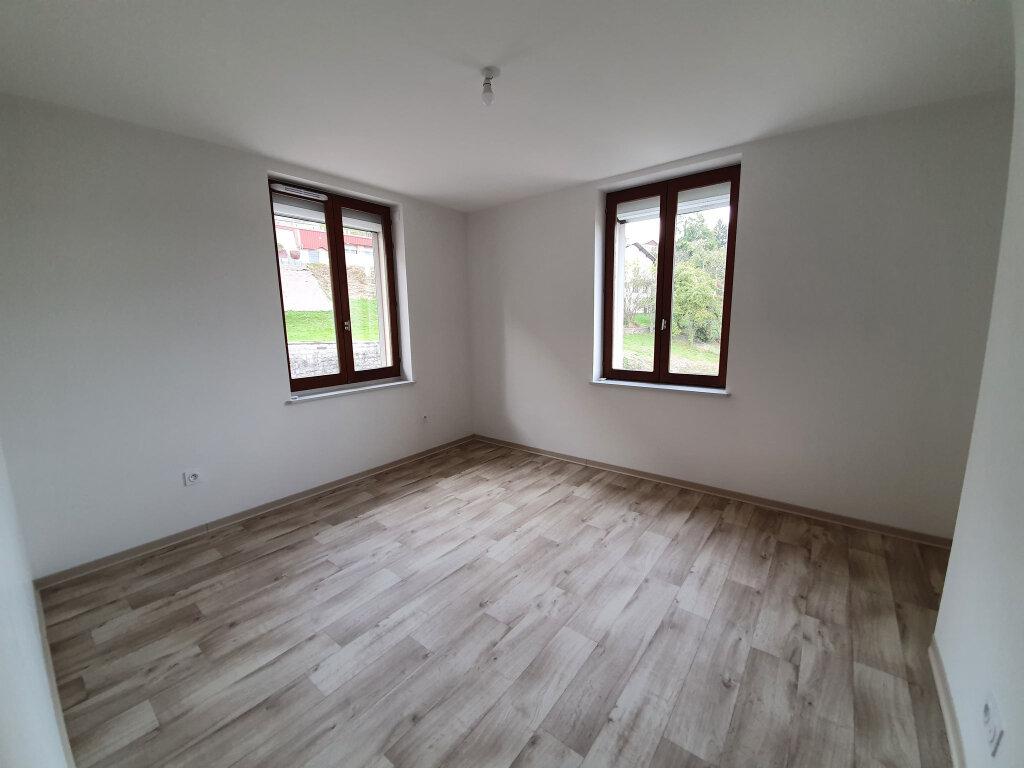 Appartement à louer 3 80.31m2 à Le Tholy vignette-5