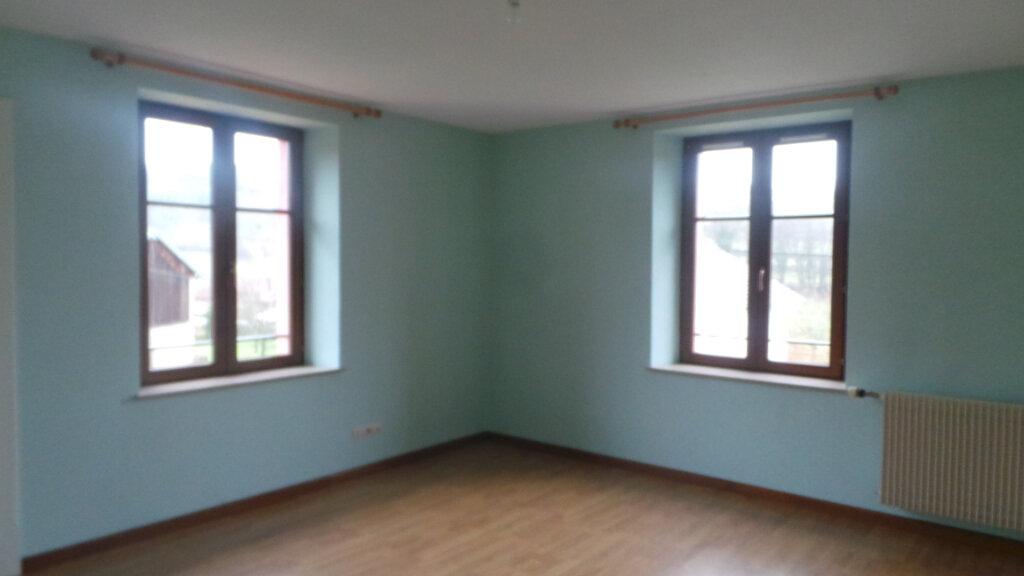 Maison à louer 4 180m2 à Ban-de-Sapt vignette-5