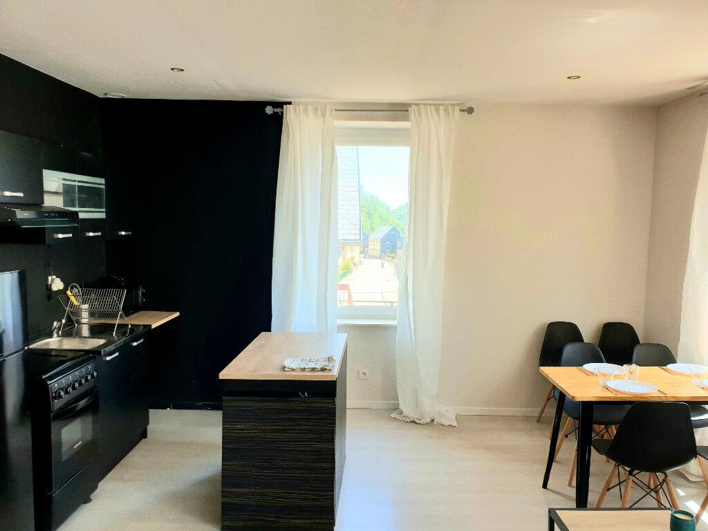 Appartement à louer 3 56m2 à Le Bonhomme vignette-2