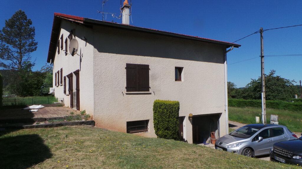 Maison à louer 4 100m2 à Saint-Michel-sur-Meurthe vignette-1