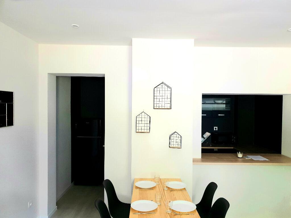 Appartement à louer 3 56m2 à Le Bonhomme vignette-3