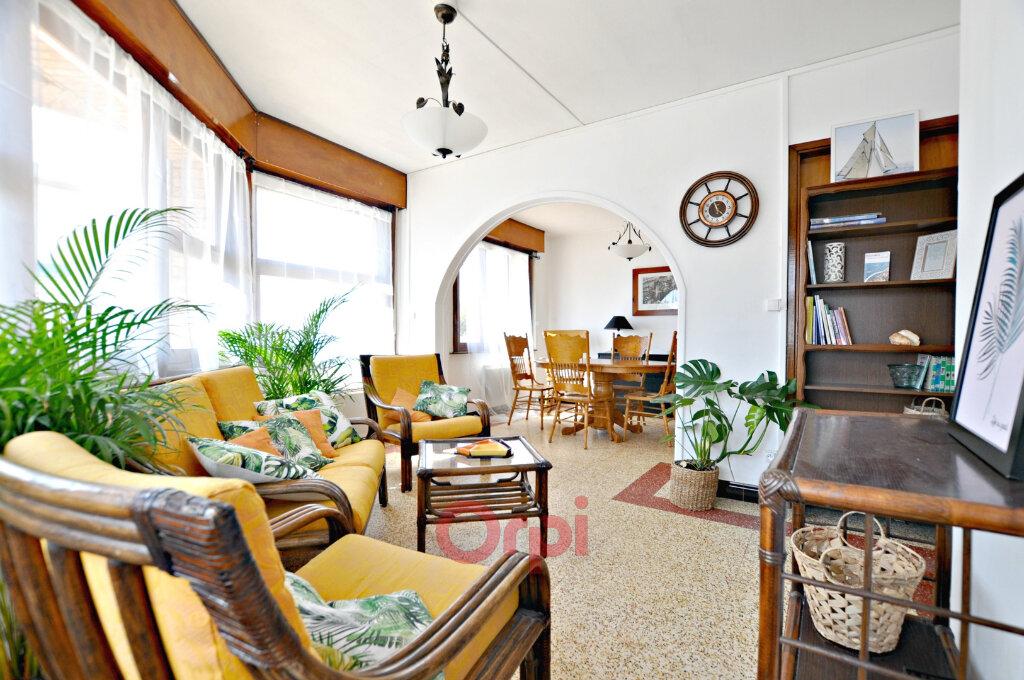 Appartement à louer 2 55m2 à Bray-Dunes vignette-1