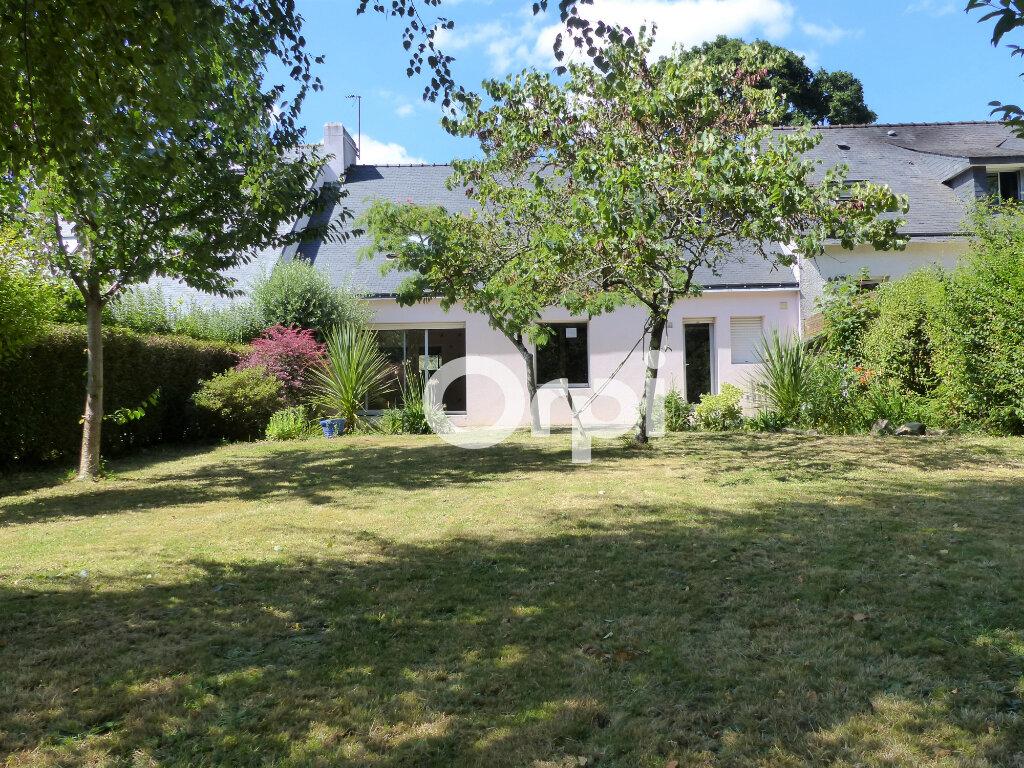 Maison à vendre 5 120m2 à Lorient vignette-1