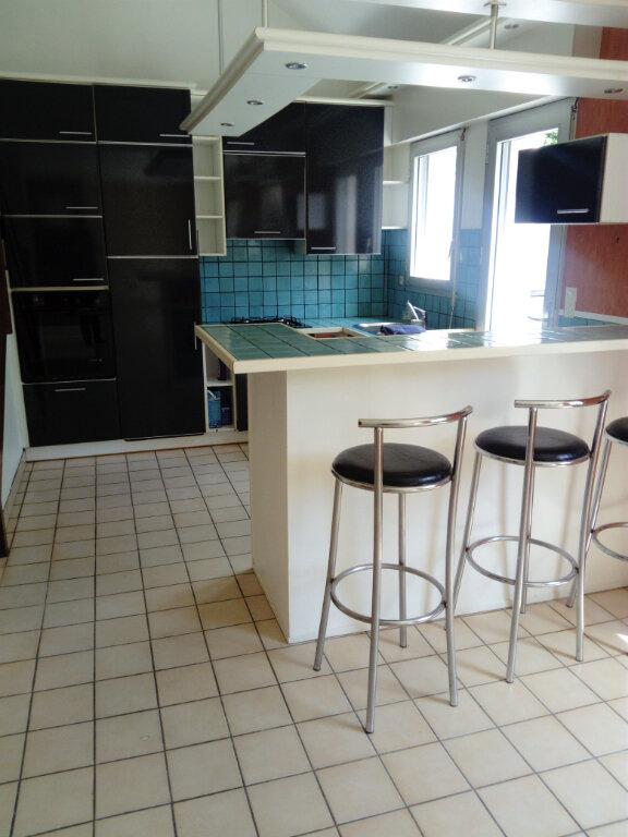 Maison à vendre 5 120m2 à Lorient vignette-3
