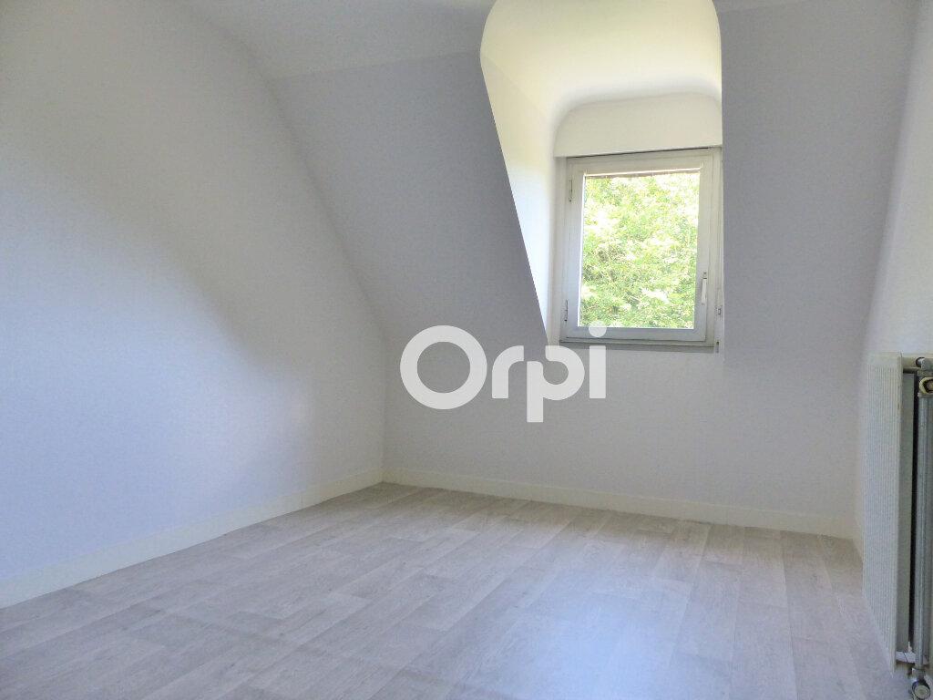 Maison à vendre 5 120m2 à Lorient vignette-4
