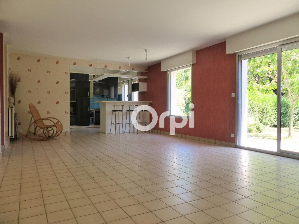 Maison à vendre 5 120m2 à Lorient vignette-9