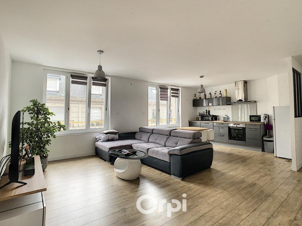Appartement à louer 3 64m2 à Lorient vignette-1