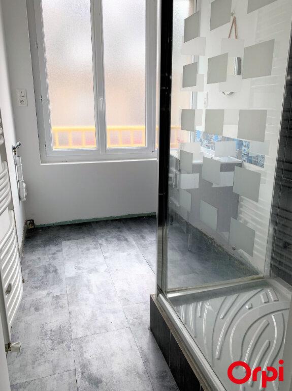Appartement à louer 3 64m2 à Lorient vignette-9