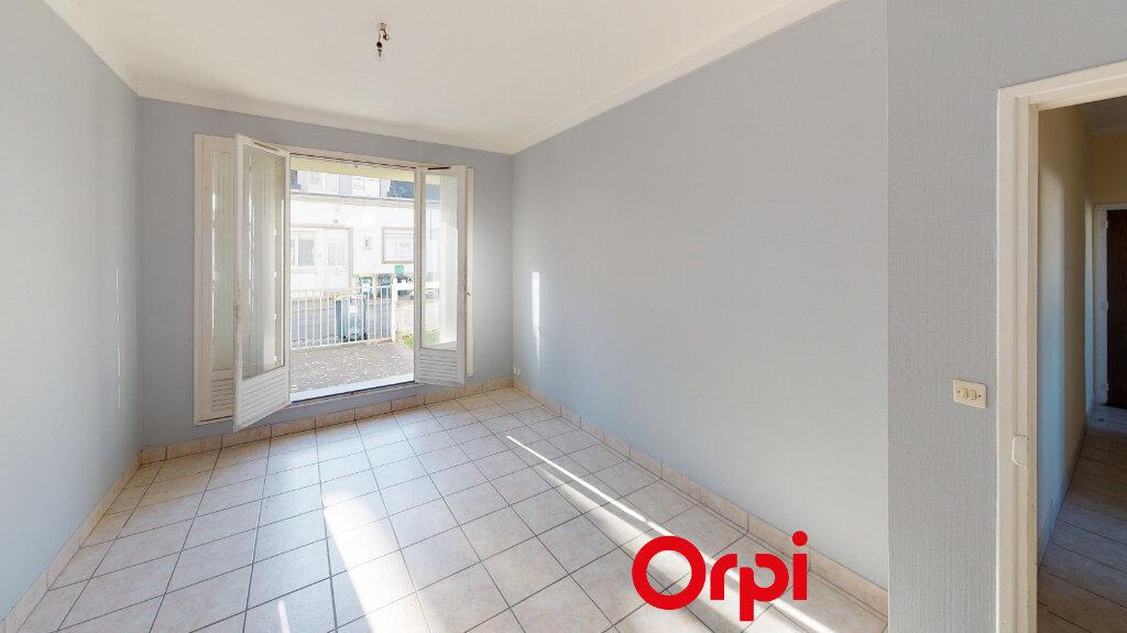 Appartement à vendre 2 47m2 à Lorient vignette-1