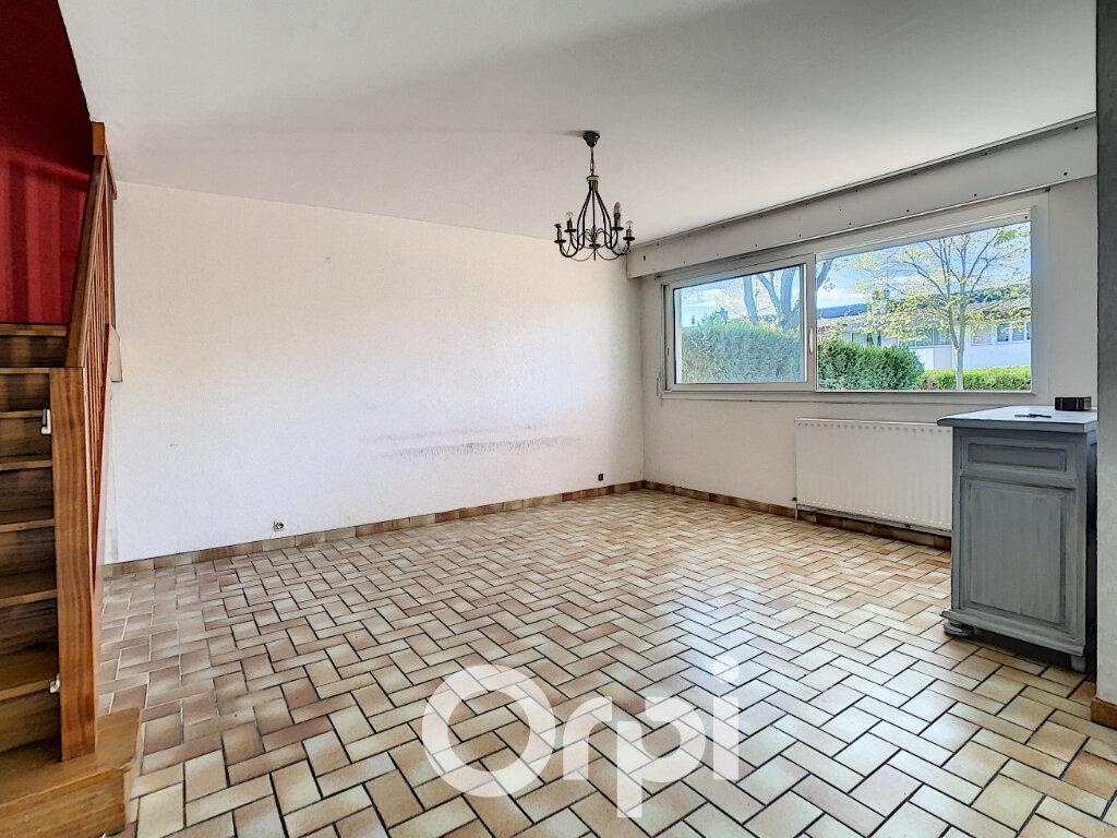 Maison à vendre 5 113m2 à Lorient vignette-4