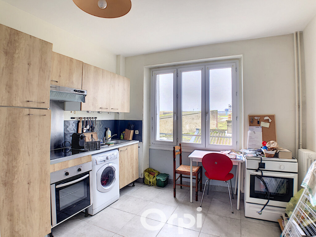Appartement à louer 2 46m2 à Lorient vignette-4