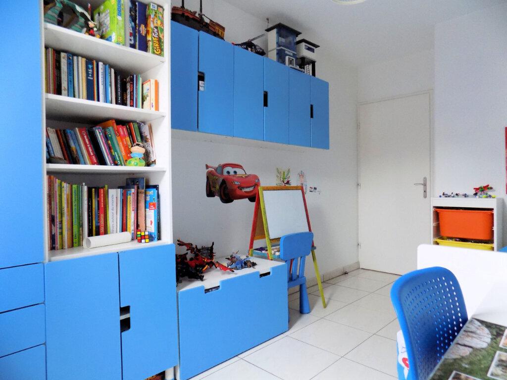 Appartement à louer 3 52.28m2 à Marseille 12 vignette-9