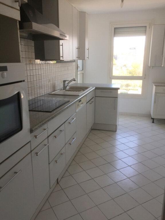 Appartement à vendre 5 99.16m2 à Marseille 11 vignette-1