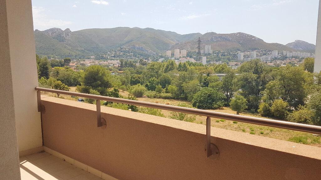 Appartement à louer 2 42.37m2 à Marseille 11 vignette-1