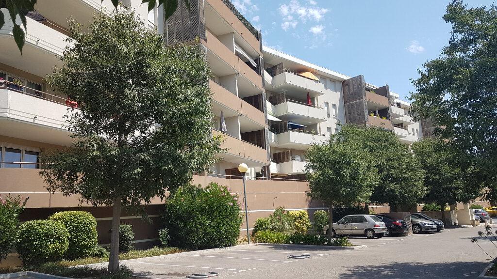 Appartement à louer 2 42.37m2 à Marseille 11 vignette-2