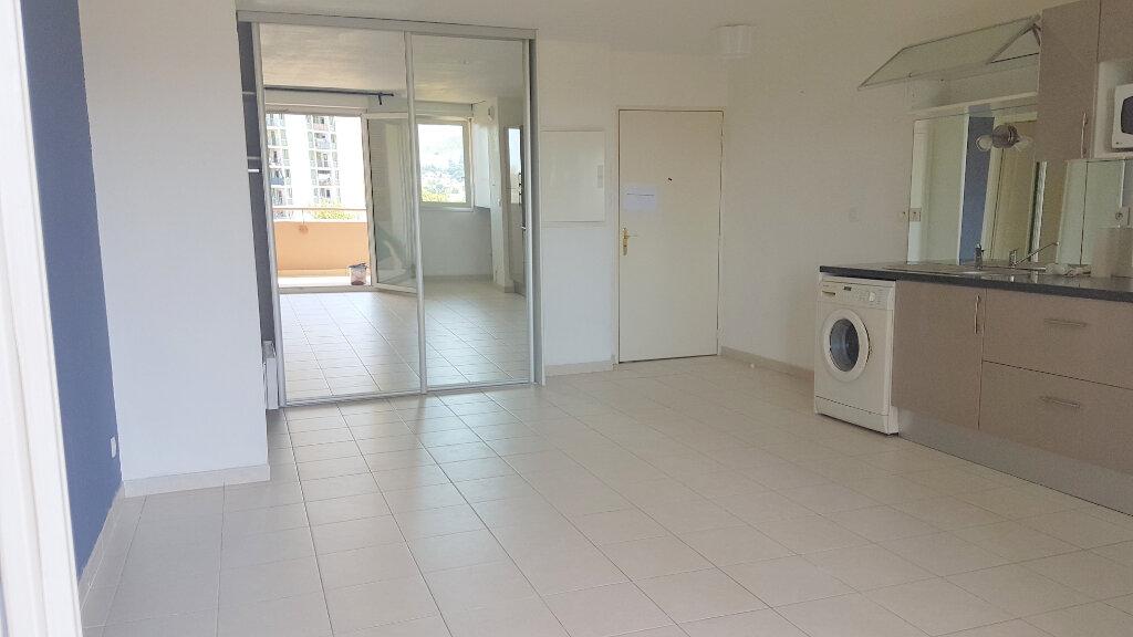 Appartement à louer 2 42.37m2 à Marseille 11 vignette-4