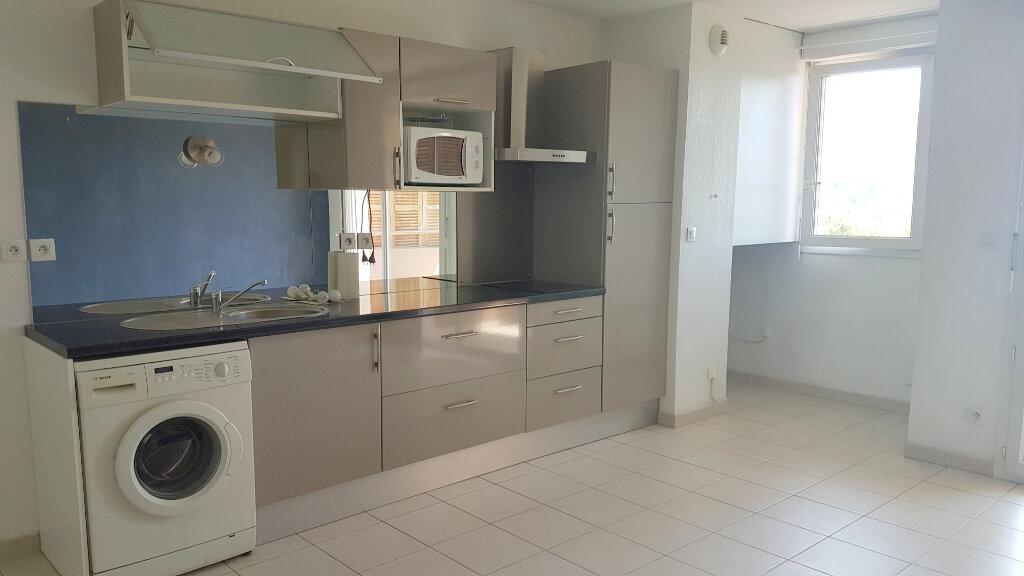 Appartement à louer 2 42.37m2 à Marseille 11 vignette-5