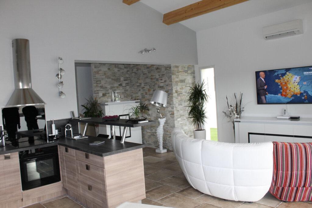 Maison à louer 5 150m2 à Marseille 11 vignette-4