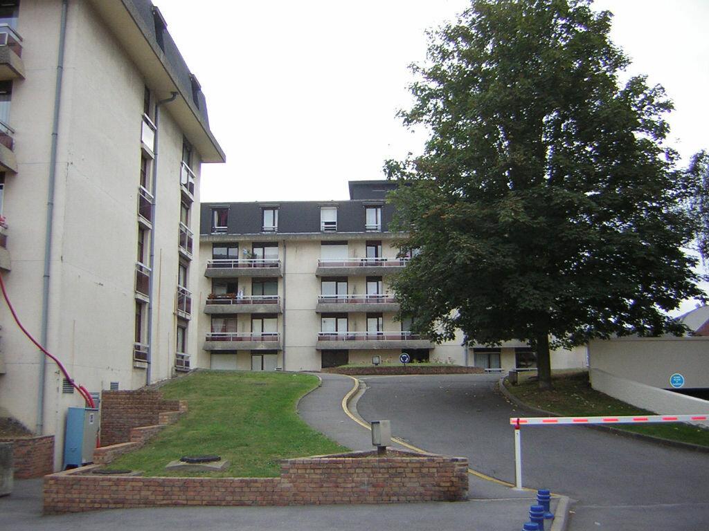 Appartement à louer 1 29.85m2 à Margny-lès-Compiègne vignette-1