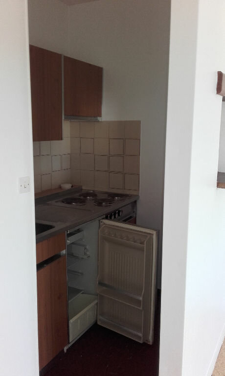 Appartement à louer 1 29.85m2 à Margny-lès-Compiègne vignette-4
