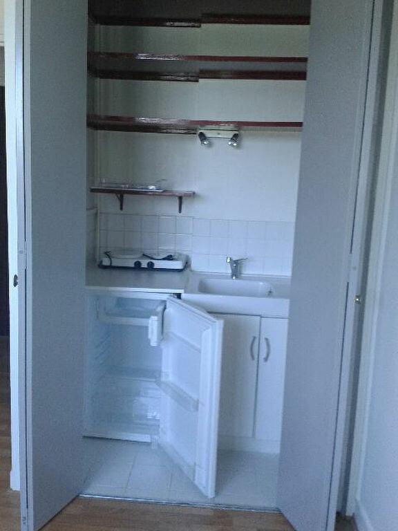 Appartement à louer 1 20.05m2 à Compiègne vignette-3