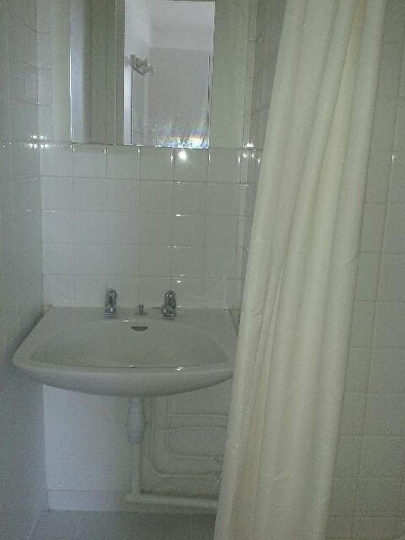 Appartement à louer 1 20.05m2 à Compiègne vignette-4