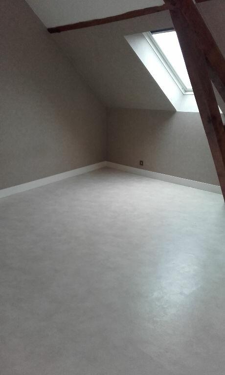 Appartement à louer 3 54.09m2 à Chevincourt vignette-4