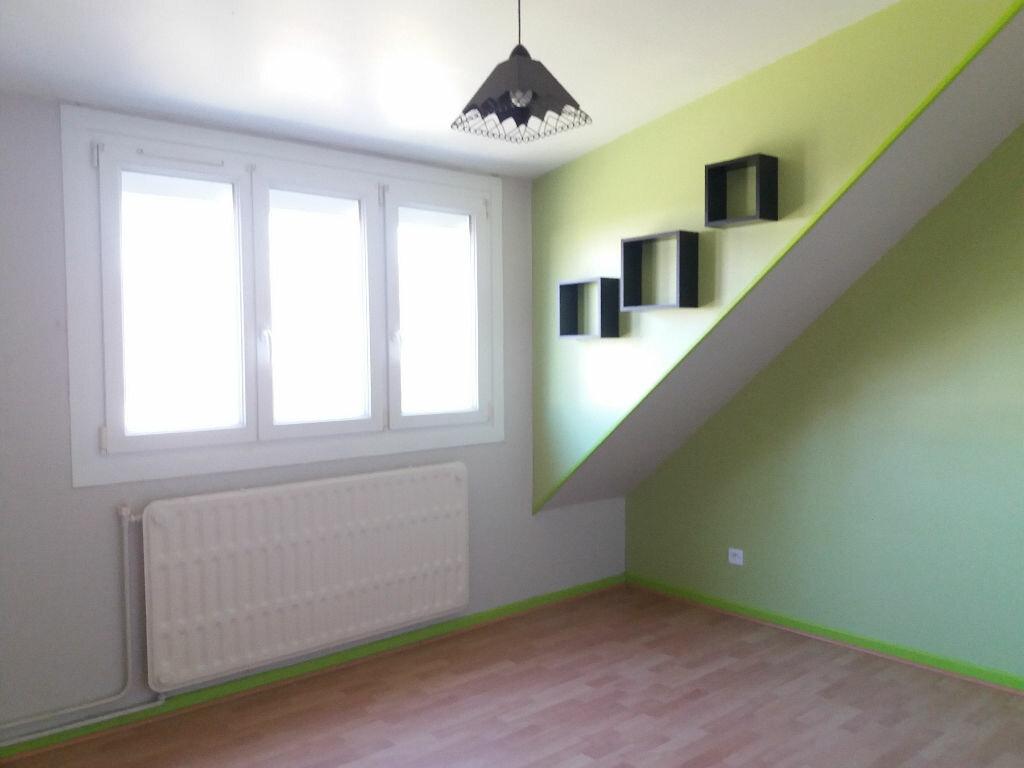 Maison à louer 4 84m2 à Lacroix-Saint-Ouen vignette-6
