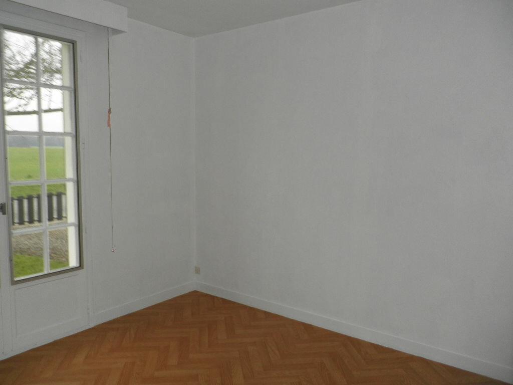 Maison à louer 5 126.16m2 à Remy vignette-4